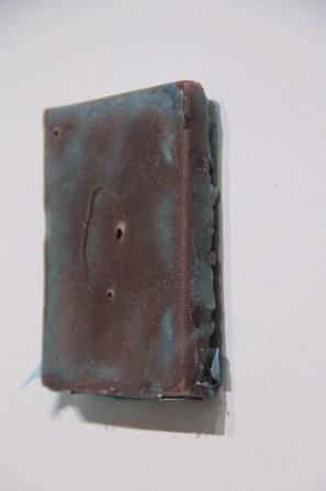Wax on fabric | 12 x 10 x 1,5 cm